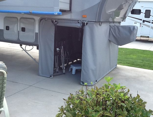 RV Hitch Enclosure