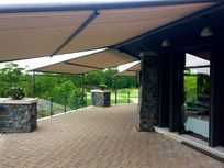 Pinnacle I Retractable Canopy system